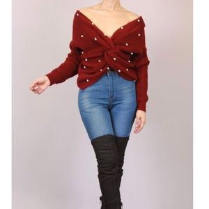 Sweater embellished with pearls